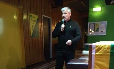 John van Zweden boeit uur lang op sponsoravond FC Binnenmaas