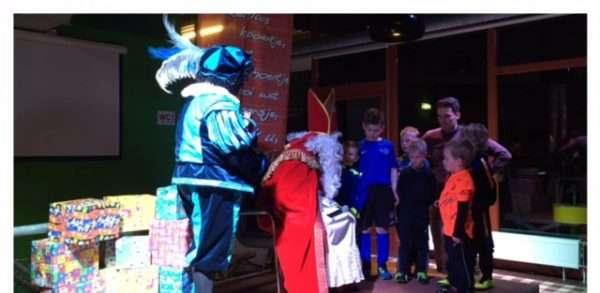 Sinterklaas bij FC Binnenmaas