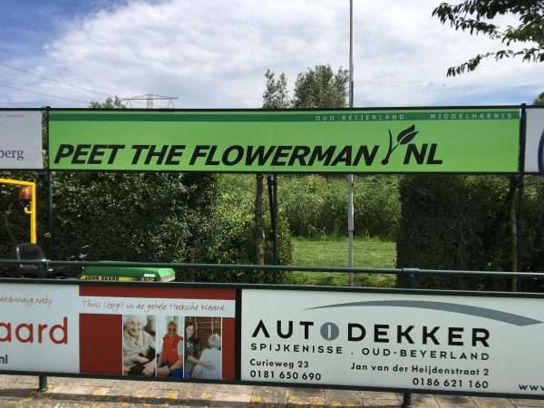 Nieuwe reclamebord Peet the Flowerman