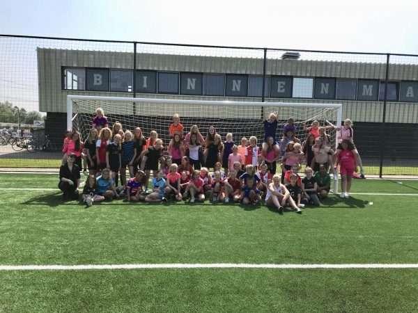 De bbb-dag (bootcamp,brunch en bingo) meisjes FC Binnenmaas